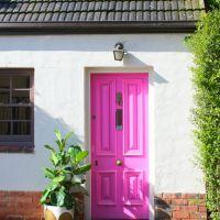 Oh a pink door...